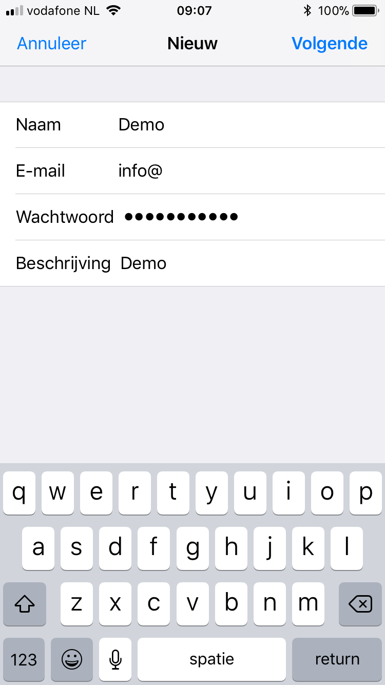 Vul de algemene e-mail gegevens in